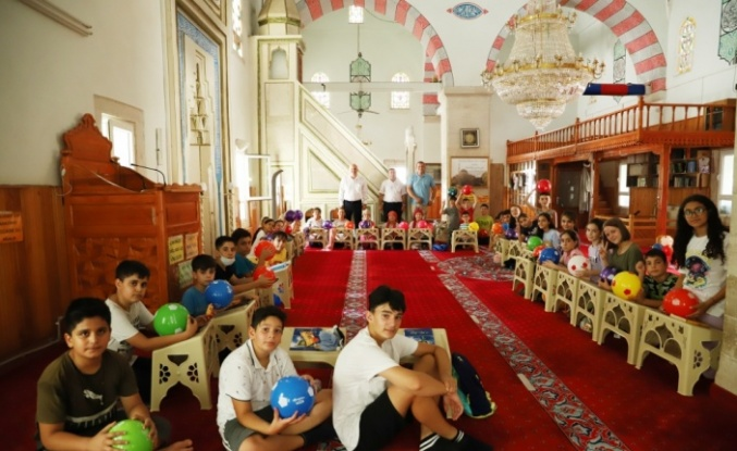 Belediye Başkanı İnan, Yaz Kur'an Kursu öğrencilerini ziyaret etti