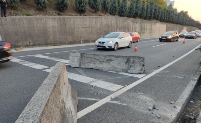Kocaeli'deki kazada kadın sürücü ile kızı yaralandı