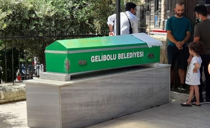 Kazada hayatını kaybeden kişinin cenazesi Gelibolu'da toprağa verildi